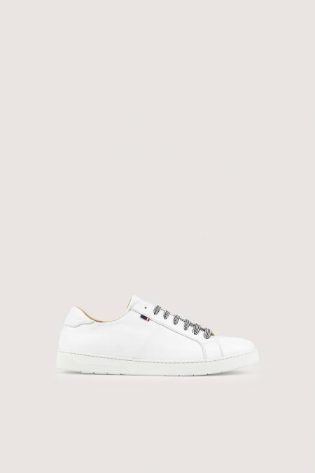 Sneakers détails lacets MOOVE